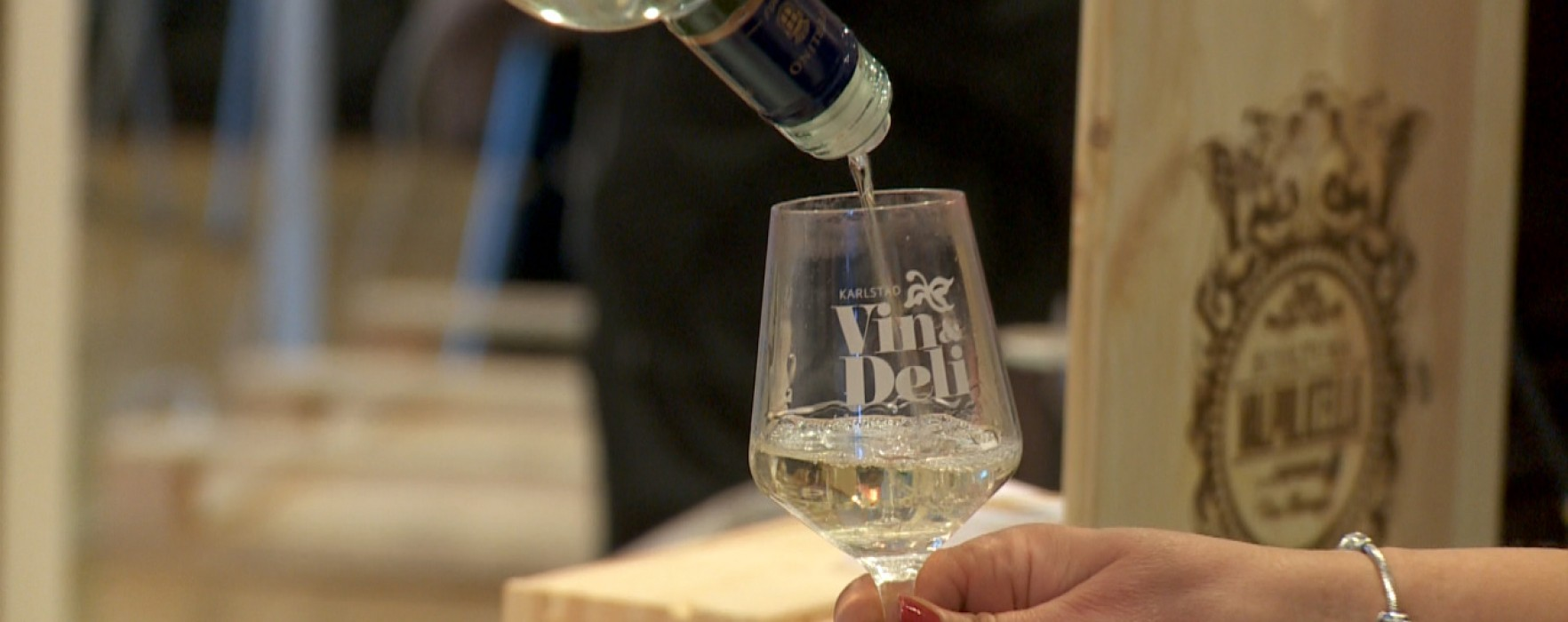 Lapp på luckan för Vin och Deli