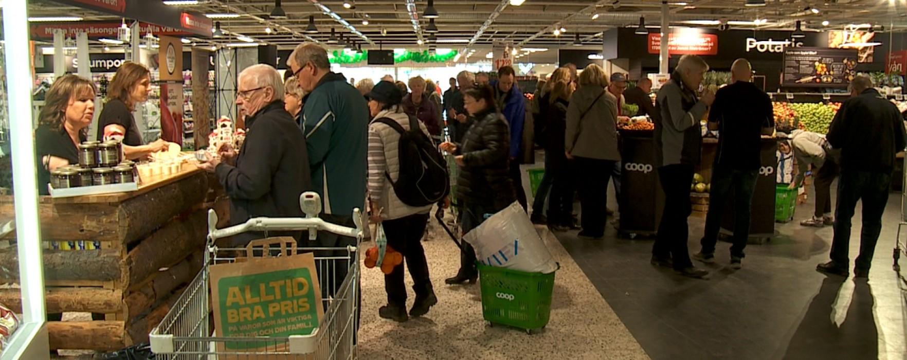 Nyinvigning av Bergvik köpcenter