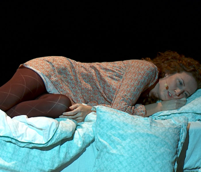 Hata mig – en musikföreställning i monologform